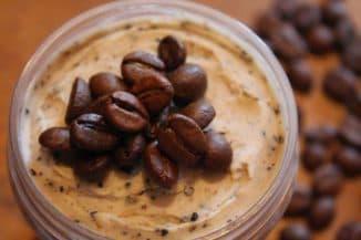 Маска из кофейной гущи для лица