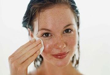 Избавляемся от пигментных пятен эффективные отбеливающие маски для лица