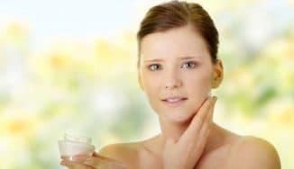 Почему скатывается крем на лице