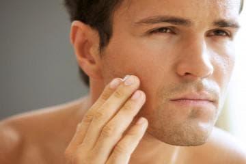 Шелушение кожи на лице у мужчин причины и лечение