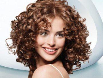 Химия на средние волосы – крупные локоны с кудрями
