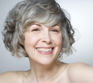 Оттеночный шампунь для седых волос для женщин