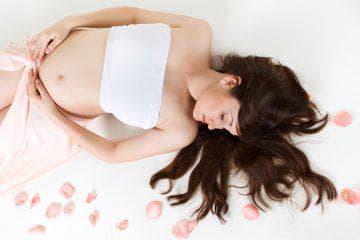Можно ли беременным делать массаж спины на ранних сроках?