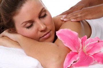 Можно ли делать антицеллюлитный массаж или нельзя при месячных? Массаж во время месячных можно ли делать