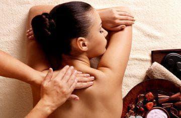 КЛАССИЧЕСКИЙ МАССАЖ СПИНЫ: 9 причин делать массаж спины