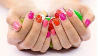 Состав лака для ногтей