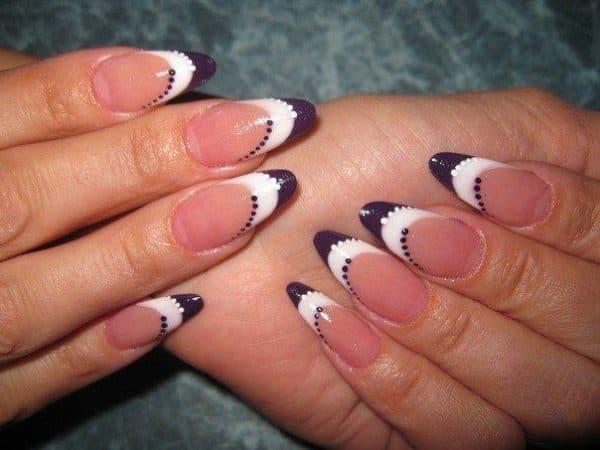 Сочетание двух цветов на ногтях